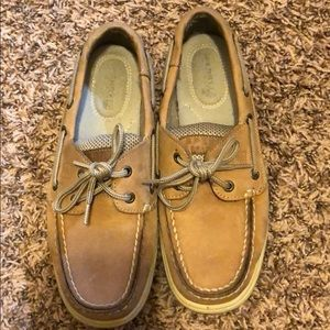 Sperry shoes size 6